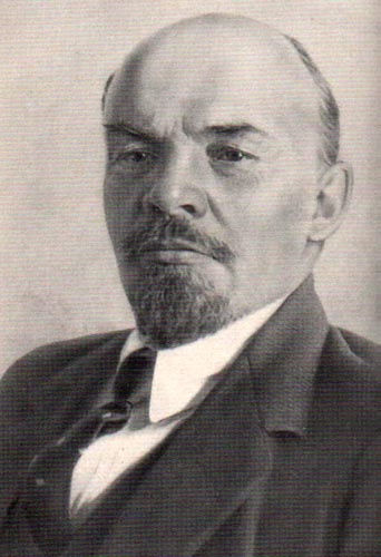 Artículo del PCOE: La falsa polémica Stalin-Trotski y los intereses del imperialismo - Página 3 Lenin-i-w2