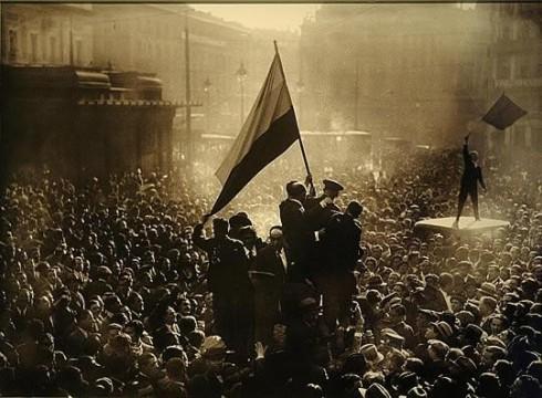 Puerta del Sol, 14 de abril de 1931