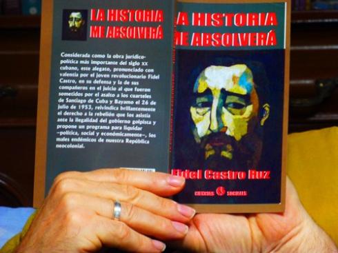 """Leyendo """"La historia me absolverá (Foto: Paco Azanza Telletxiki)"""