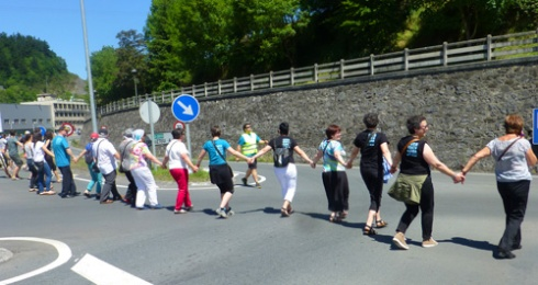 La cadena humana en Beasain, kilómetro 56