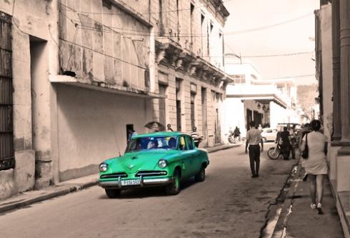 Calle Maceo, Ciudad de Holguín, Cuba, 2015 (Foto: Paco Azanza Telletxiki)