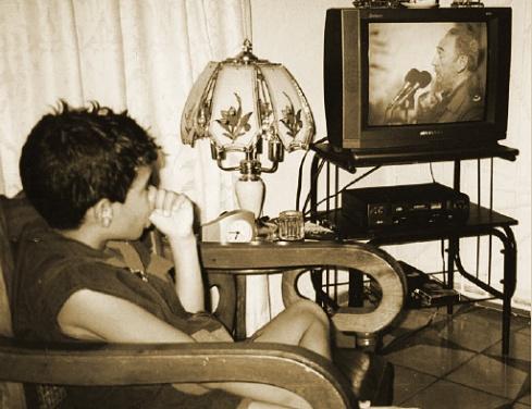 Luis Mario y Fidel, Nicaro, Holguín, Cuba, 2003 Foto: Paco Azanza Telletxiki)