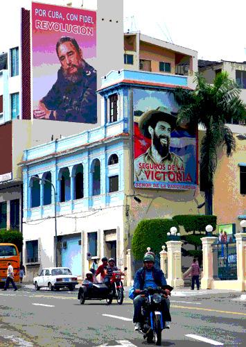 Fidel y Camilo, Avenida Garzón, Santiago de Cuba, 2010 (Foto: Paco Azanza Telletxiki)