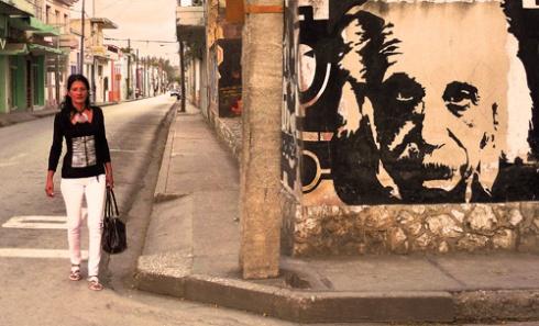 Calle Frexes, Ciudad de Holguín, Cuba 2011 (Foto: Paco Azanza Telletxiki)