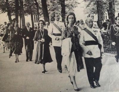 Franco y Juan Carlos de Borbón intercambiando sus parejas