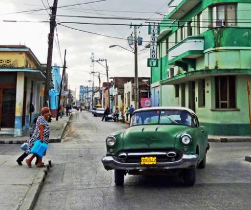 Calle Martí, Ciudad de Holguín, Cuba / 12 (Foto: Paco Azanza Telletxiki)
