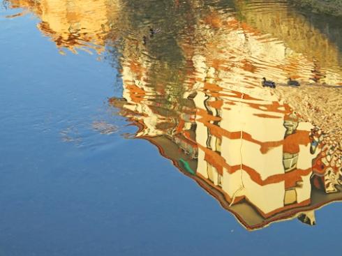 Reflejos en el río Oria, Homenaje a mi madre, 2015 (Foto: Paco Azanza Telletxiki)