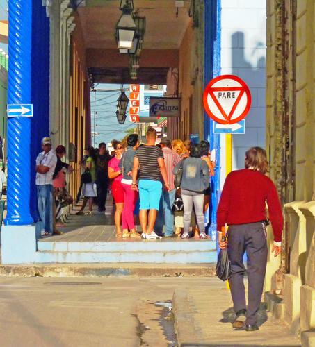 Calle José Martí, Ciudad de Holguín, Cuba (29), 2015 (Foto: Paco Azanza Telletxiki)