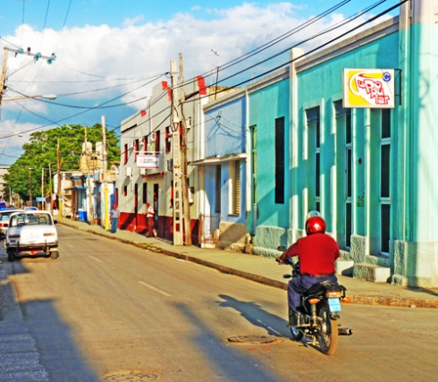 Calle Frexes, Ciudad de Holguín, Cuba (34), 2015 (Foto: Paco Azanza Telletxiki)